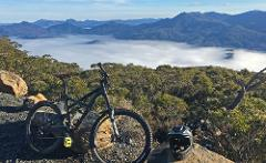 6 Day Tour (with trail guide) - Hobart, Derby, Maydena, St Helens