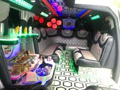 LUXURY LIMOUSINE  AND CATERING ONBOARD / PRIVATE SERVICE - 4HRS MINIMUM