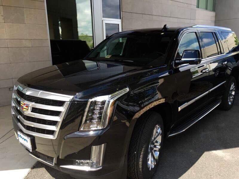 Lux SUV With Pick UP at Dulles Airport Plus 1 ticket of 6+ Hour Tour