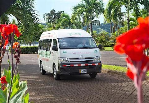 Shuttle from La Fotuna  Arenal to Liberia & LIB Aiport