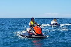 Uplift Watersports - Coral Sea Spin - 45 min Guided Jet Ski Hire