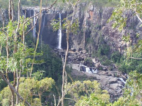 Kirima Range and Blencoe falls tour