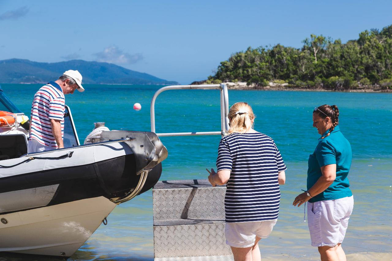 Unscheduled Transfer Palm Bay Resort - Hamilton Island