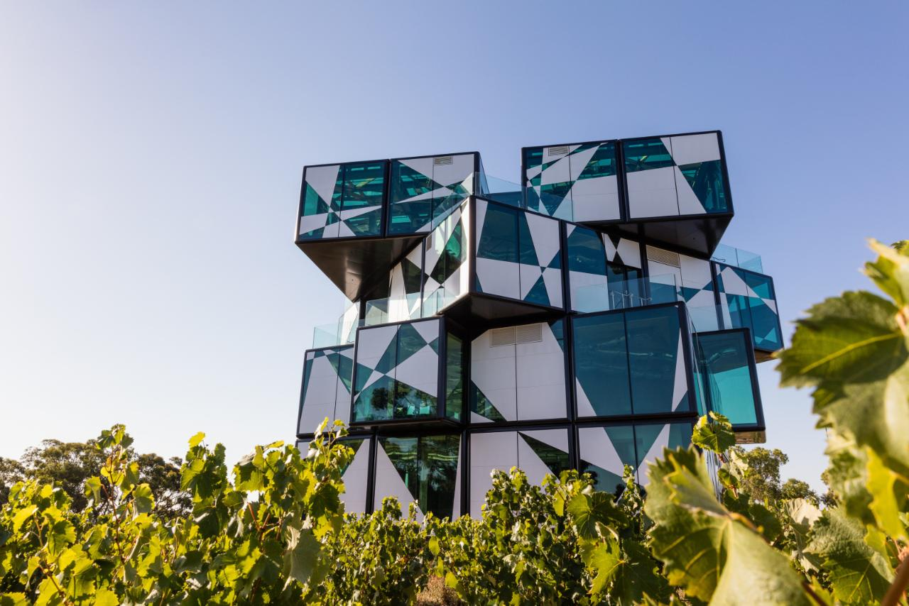 McLaren Vale Food & Wine  - Small Group Tour