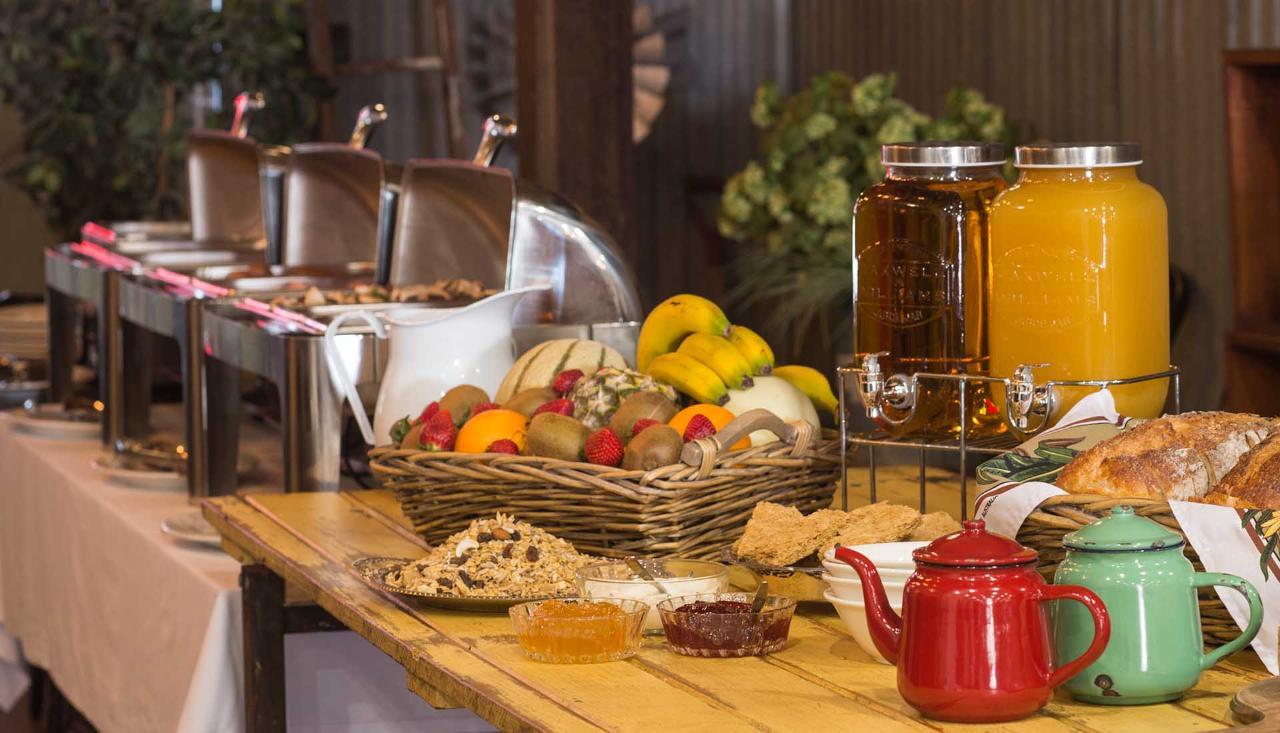 Country Buffet Breakfast