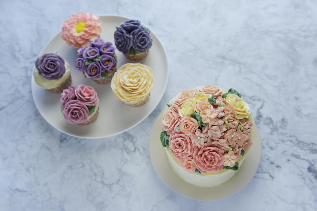 Buttercream Piping Flower Art Cake Decoration Workshop A1 + B
