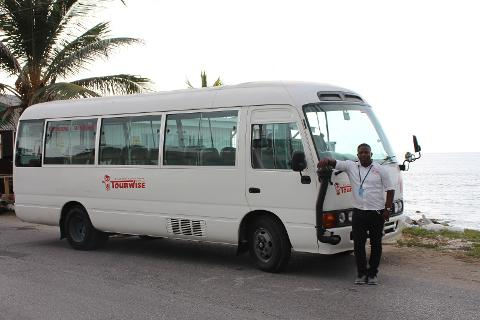 Montego Bay Airport (MBJ) Bus Transfer To/From Grand Palladium, Lucea Hotels & Area