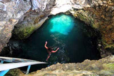blue_hole_mineral_spring_near_negril_jamaica_21606600