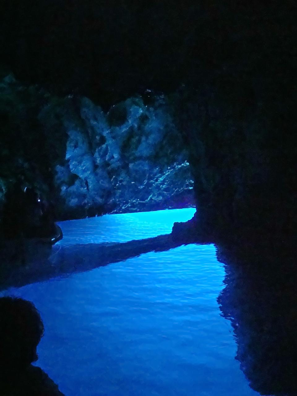 Blue Cave tour