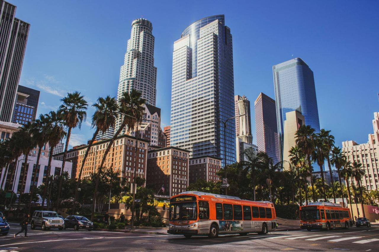 Los Angeles Landmarks E-Bike Tour