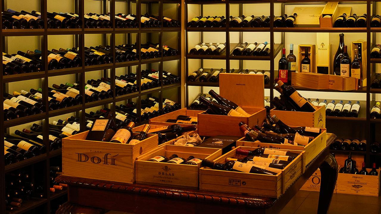 Athens Wine Tasting. Discover premium local wines from 8 different corners of Greece
