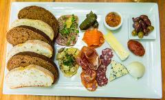 MT-Taste of the North: Wine, Cheese & Choc Mini Tour (pm)