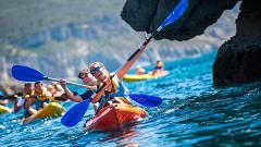 Tour de Kayak no mar da Arrábida com transfer