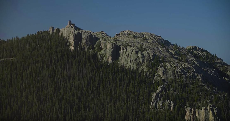 Elkhorn Mountain  Helicopter Tour