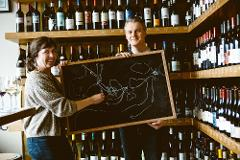 """Vine to Glass - An Educational, Interactive and """"Live""""ly Tour About Oregon Wine"""