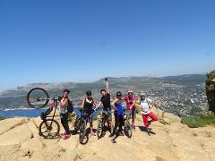 "Tour VTT electrique  ""Le Cap Canaille"" (niveau facile) - E-mountain bike tour ""Cap Canaille"" (easy level)"