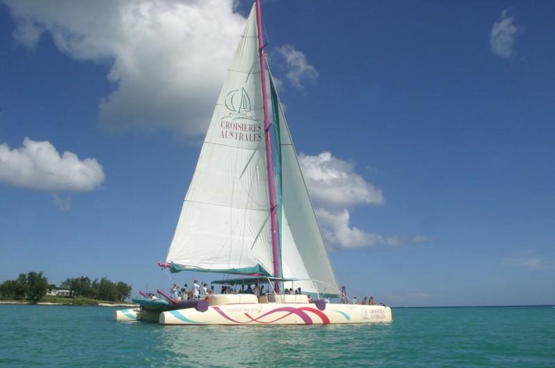 Full Day Cruise West - Harris Wilson II