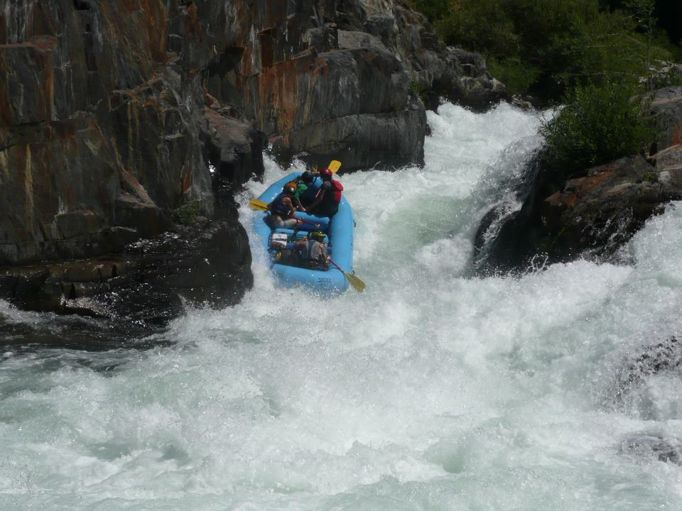 Middle Fork American River Full Day Rafting Trip (Class IV)