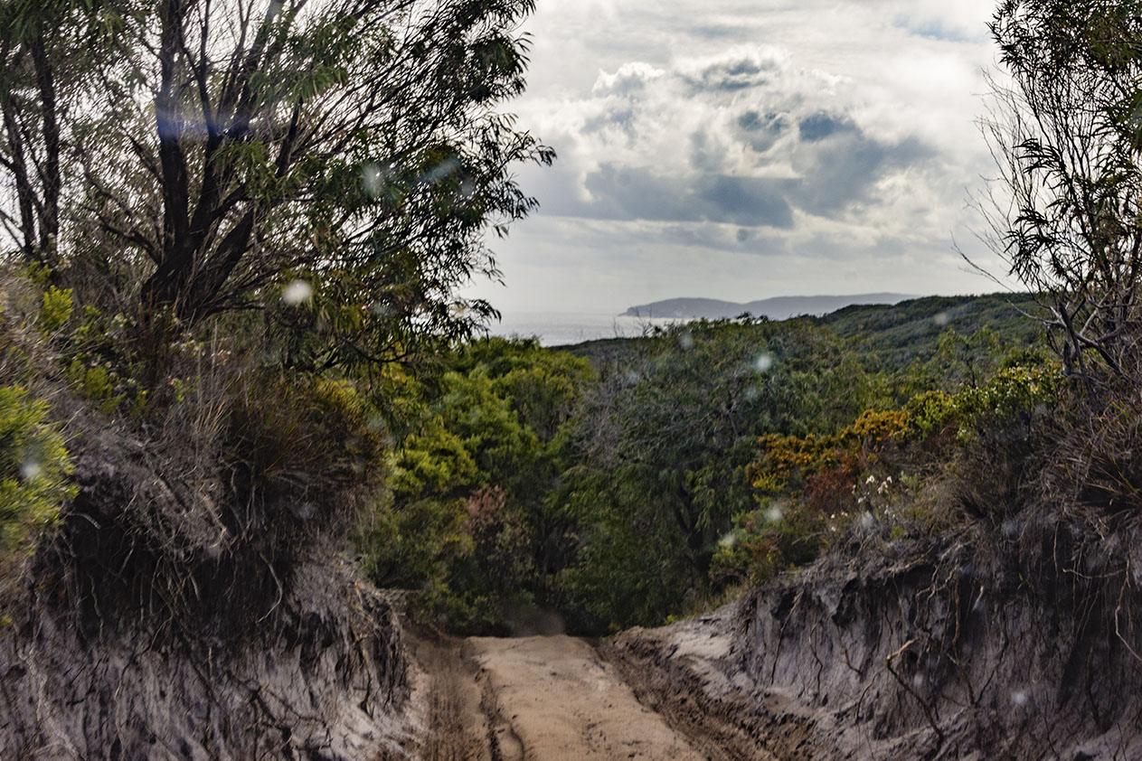 4x4 Adventure to Parrys Beach and Eagles Nest